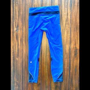 Lululemon Capri Blue Side Zipper Pockets Size 4